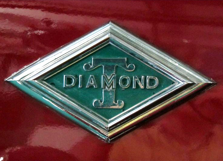 Logo-Diamond-T