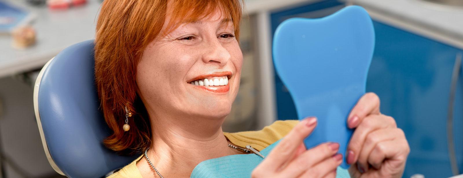 Een stralende lach met een perfect passende prothese